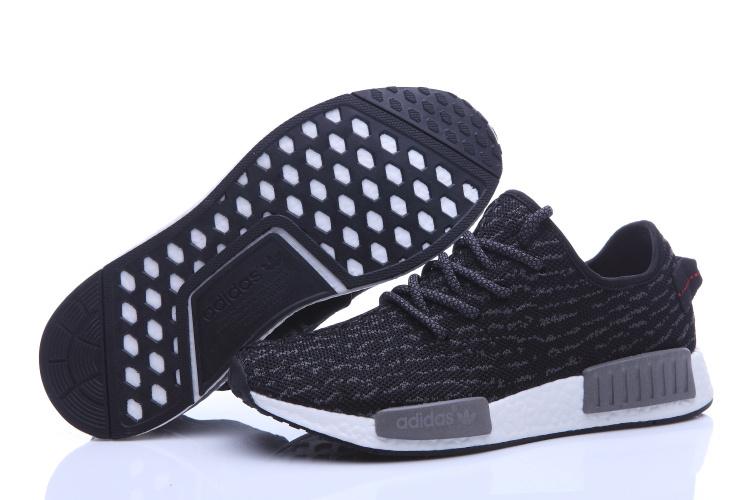 Pas Chaussures Réductions Outlet Jusqu'à Cher Adidas Nike 70 Soldes aRwnxEqnP
